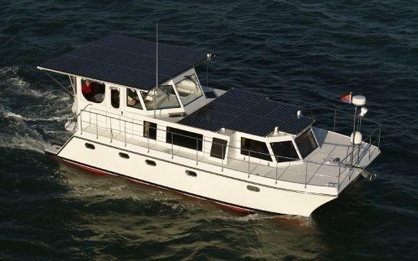 DSE Hybrid Boat